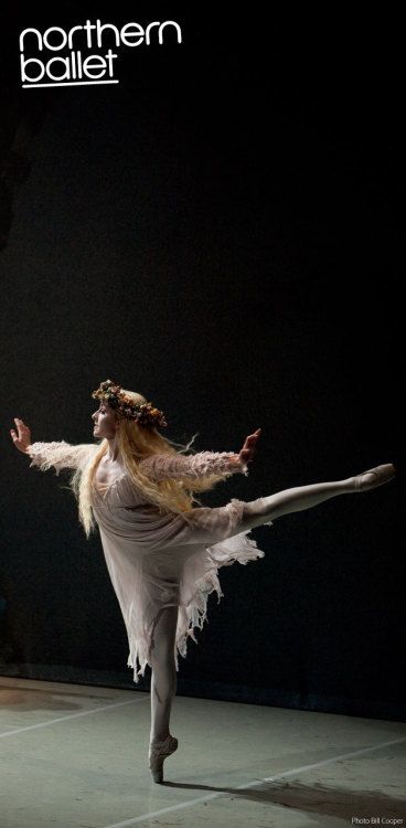 Julie Charlet as The Ghost of Christmas Past in Northern Ballet's A Christmas Carol. Photo 2009, Bill Cooper. (via A Christmas Carol photos | Northern Ballet)