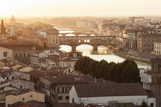 Ponte Vecchio over the Arno River by Ed Tse on Flickr.