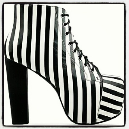 B&W striped litas. Very Beetlejuice in my opinion. Hopefully will be on their way to my apt soon! #jeffreycampbell #black #white #striped #litas #5inheels #beetlejuice #shoes #shoesofinstagram #shoestagram #fashion #rva