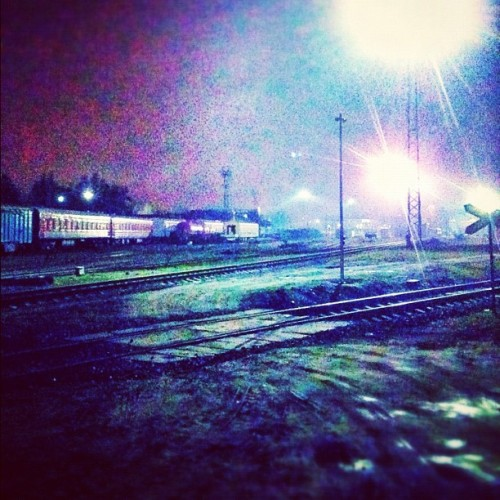 When the night comes ^^ #night #train #lights #beautiful #instaphoto #photooftheday #follow #followme  (at Kaunas, Lithuania)