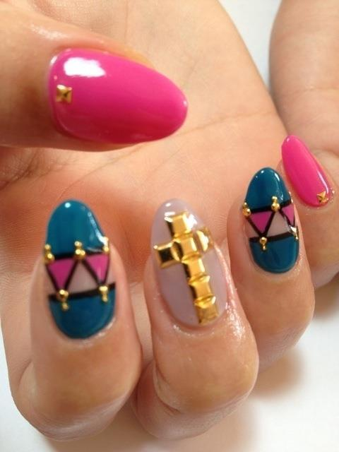 lexijo318:  Nails ♥ on @weheartit.com - http://whrt.it/TJ8qaf