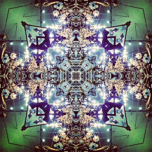 Seeing life through kaleidoscope eyes. #mirrorgram