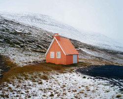 cabinporn:  Cabin in Eskifjörður, Iceland. Submitted by Chris Rhodes.
