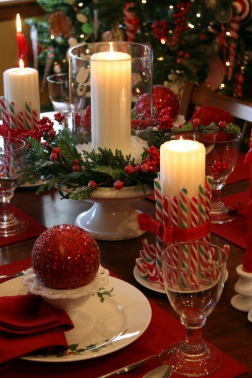 sunflowersandsearchinghearts:  Pinterest - Christmas Table via Searching Hearts
