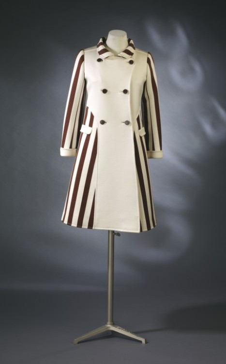 Coat André Courrèges, 1967 The Victoria & Albert Museum