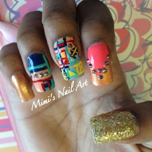 #nail #nails #nailart #nailswag #nailartclub #nailartswag #naildesigns #nailartheaven #nailartoohlala #myswag #mystyle #mimisnailart #cool #cute #cutenails #studs #stones #handpainted #freehand #peach #gold #glitter #swag #swagnails #abstract #funkynails  (at Mimi's Nail Art)