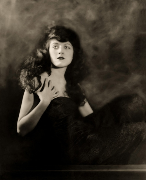 "sydneyflapper:  lostsplendor:  Martha Mansfield: Ziegfeld Girl, 1889-1923 On November 30, 1923, while working on location in San Antonio, Texas on the film The Warrens of Virginia, Mansfield was severely burned when a match, tossed by a cast member, ignited her Civil War costume of hoopskirts and flimsy ruffles. Mansfield was playing the role of Agatha Warren and had just finished her scenes and retired to a car when her clothing burst into flames. Her neck and face were saved when leading man Wilfred Lytell threw his heavy overcoat over her. The chauffeur of Mansfield's car was burned badly on his hands while trying to remove the burning clothing from the actress. The fire was put out, but she sustained substantial burns to her body. She was rushed to a Physicians and Surgeons Hospital in San Antonio, where she died in less than twenty-four hours. Mansfield was 24 years old. Accompanied by actor Phillip Shorey, Mansfield's body was flown to her home in New York City. Her mother resided there at 142 West Fifty-seventh Street. She was interred at the Woodlawn Cemetery, Bronx, New York. When the ""Warrens of Virginia"" was finally released in late 1924, Martha's role had been edited down, and Rosemary Hill was promoted as the female lead.  Wikipedia  A reminder that these sorts of terrible burn accidents also occured with some frequency in the crinoline age that she was recreating on screen. Wide, often highly inflammable skirts and naked flames, coupled with lack of antibiotic treatments for burn victims, took an awful toll."