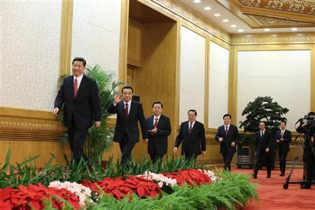 breakingnews:  China's new Communist Party leadership announced Reuters:  China's ruling Communist Party unveiled its new leadership line-up on Thursday to steer the world's second-largest economy for the next five years, with Vice President Xi Jinping taking over from outgoing President Hu Jintao as party chief. Xi was also named head of the party's Central Military Commission, state news agency Xinhua said. The other new members of the Politburo Standing Committee - the innermost circle of power in China's authoritarian government - include premier-in-waiting Li Keqiang and financial guru Wang Qishan, who will be in charge of fighting corruption.  Photo: China's new Politburo Standing Committee members (from L to R) Xi Jinping, Li Keqiang, Zhang Dejiang, Yu Zhengsheng, Liu Yunshan, Wang Qishan and Zhang Gaoli arrive to meet the press at the Great Hall of the People in Beijing, in this November 15, 2012 photo released by Chinese official Xinhua News Agency. (Reuters/Xinhua/Ding Lin)