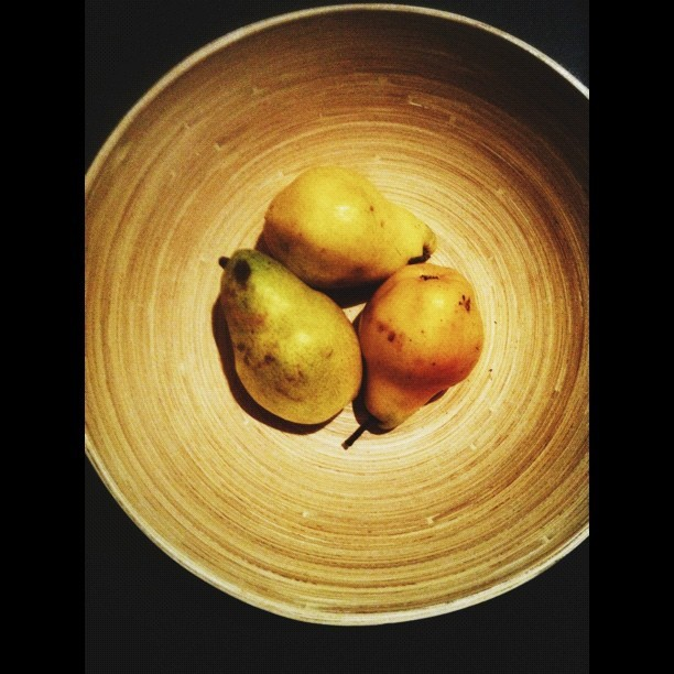 318 - bowl of pears #vscocam #pears #bamboo #bowl #round #warm #fruit #stilllife