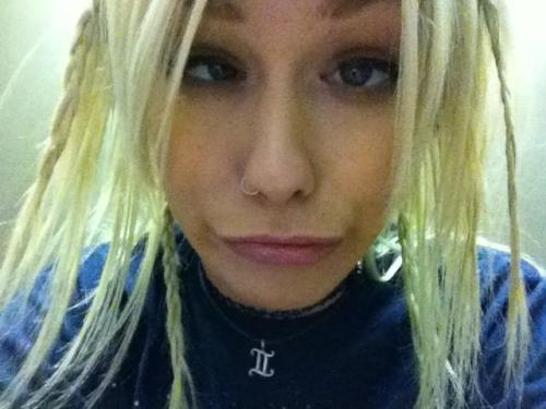 Being a weirdo before stage (via @jenalive11)