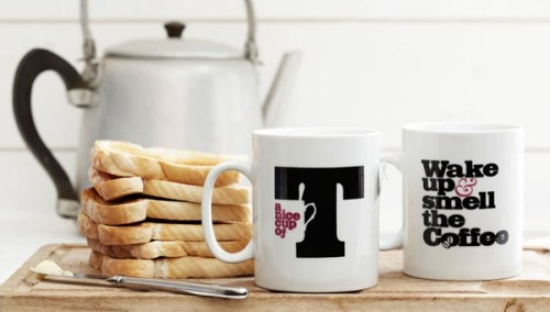 Typographic Mugs British graphic design agency Glad was commissioned by Tesco to design a series of contemporary home-ware products. These typographic coffee and tea-themed mugs are the first products of the series and now available in all major Tesco stores across Britain. More images on WE AND THE COLORFacebook // Twitter // Google+ // Pinterest