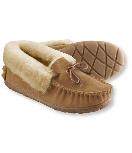 I've said it before and I'll say it again: LL Bean's Wicked Good Moccasins are the PERFECT holiday gift for anyone / everyone on your holiday shopping list.  Actually, their entire Wicked Good collection is pretty awesome (they even make a Wicked Good doggie bed for the fur babies in your life) but I think you should start with the slippers.  My father sent me a pair my freshman year of college and I am still living in them all those years later. Just a little Holiday Shopping PSA for your Thursday morning.