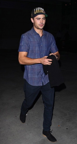 Zac Efron at the Los Angeles Lakers game in LA on Tuesday