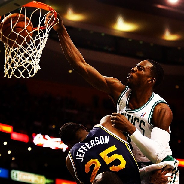 Photo: Jeff Green of the Celtics with the Ka-BOOM!