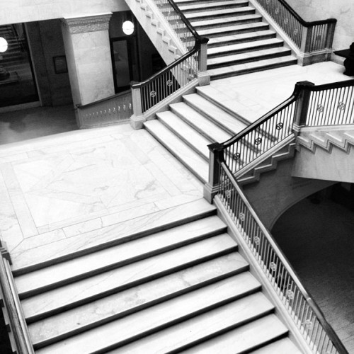 The Grand Staircase at the Art Institute. #chicago #bw #bnw #blackandwhite  (at The Art Institute of Chicago)