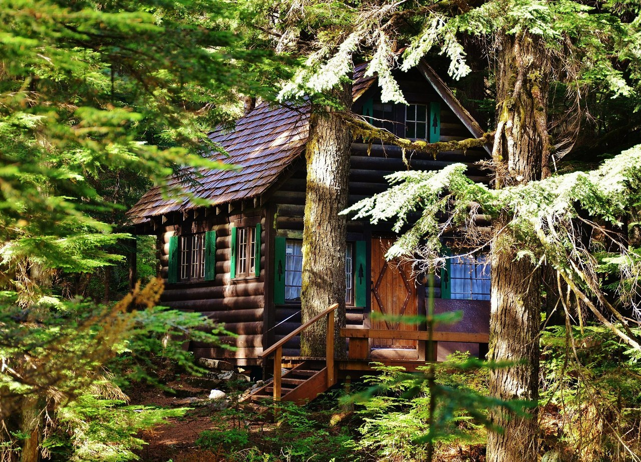 cabinporn:  National Forest Service cabin on Denny Creek, WA. Submitted by Jesse Gallanar