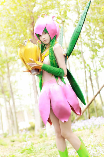 digicosplay:  Digimon Adventure- Lilymon (静の冰)