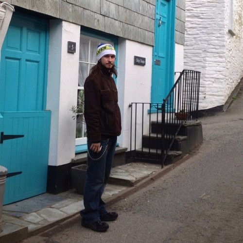 Lovely little house in port Isaac the door knocker was a fish with @dust_n_bonez