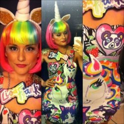 anjuliette:  When i was a girl i buy many things of Lisa Frank for my school.today i remember…