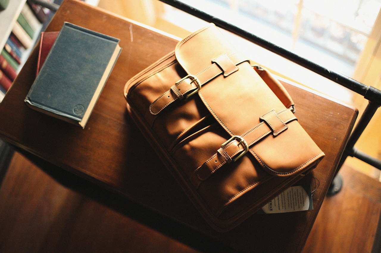 anchordivision:  Korchmar – Garfield Bomber Bag Leather Briefcase