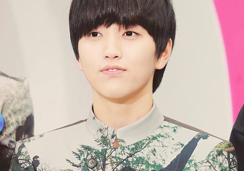 36/50 pictures of Sandeul ©