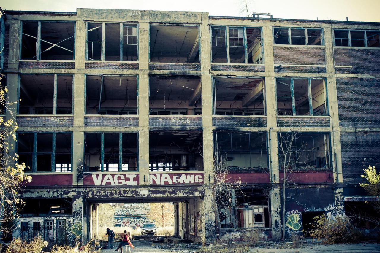 requisite. shots of the packard plant ruins. Photo credit: Nabil Al-Kourainy