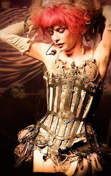 londonwarrior:  Emilie Autumn, unlaced
