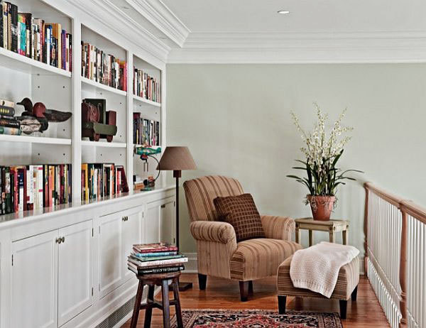 amandaonwriting:  Cosy Reading Nooks from busydoor.com