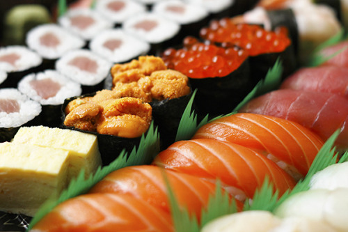 myfoodscrapbook:  sakura sushi by mila0506 on Flickr.
