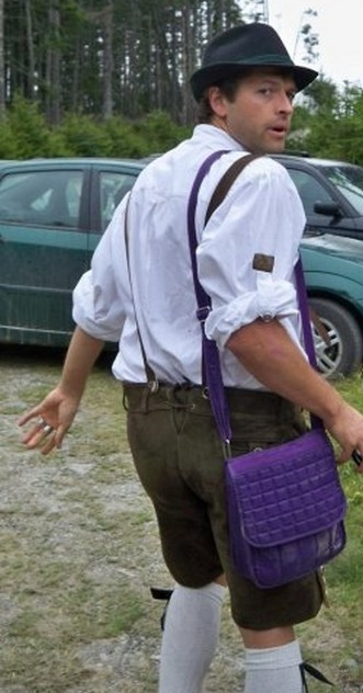 fire-of-fire:  hey yeah remember that time misha wore Jensen's lederhosen??