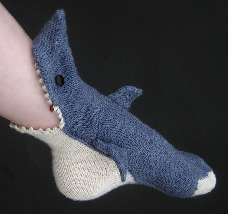 kathleenalice:  Shark Week socks by the Tsarina of Tsocks. I am in awe.  I need to make these, LMAO