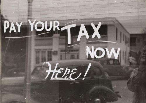 Tax collector's office, Harlingen, Texas, 1939 Russell Lee