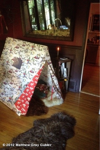gublernation:  if you need me this winter i'll be in here. Christmas tent 2012 View more Matthew Gray Gubler on WhoSay
