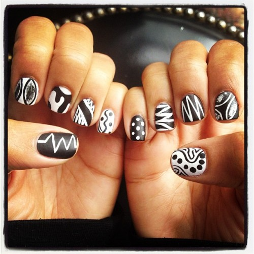 Dope nails of the day ;) nailsbymimi:  Black and white #matte #nailart #nails #polishbarbk