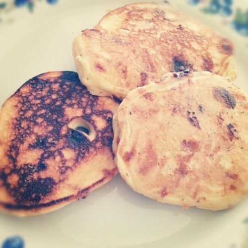 Gluten free pancakes with Skor pieces and gluten free dark chocolate. #breakfast #pancakes #food #foodporn #glutenfree #chocolate #skor