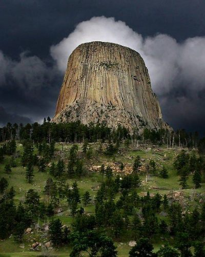 valscrapbook:  barkathemoon1212: Devil's Tower, Wyoming, USA