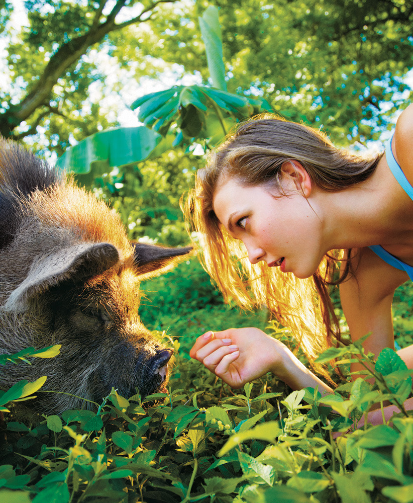 Karlie Kloss in Nicaragua. Photo by Ryan McGinley. Special to T Magazine's Travel Issue, on newsstands on Sunday.