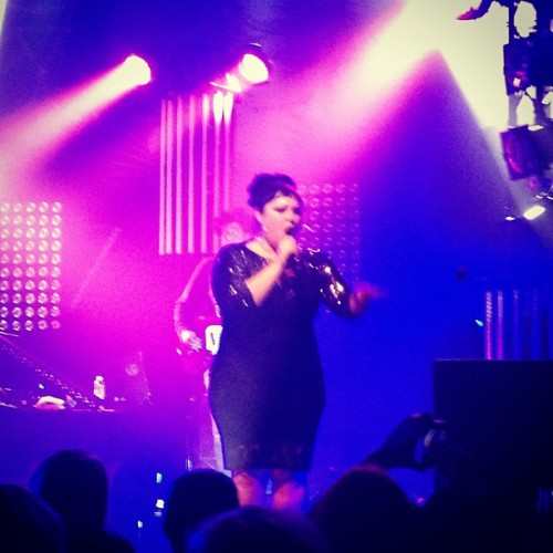 sharkapults:  Gossip from yesterday!beth ditto.