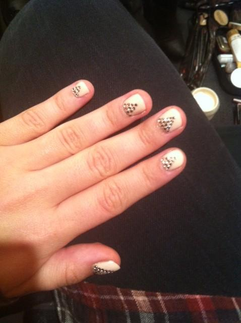 @ddlovato: Loving my nails from last night's show…gonna keep them for the weekend! Thanks @the_new_blacktv @stephstonenails