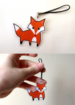 This cute little fox charm is now for sale!! :3