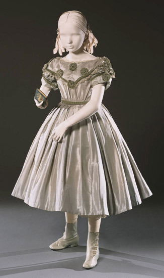 Girl's dress and skirt made in the 1860s. Philadelphia Museum of Art. Accession Number: 1950-60-8a,b