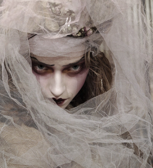 Marcelina Sowa at John Galliano Autumn/Winter 2007