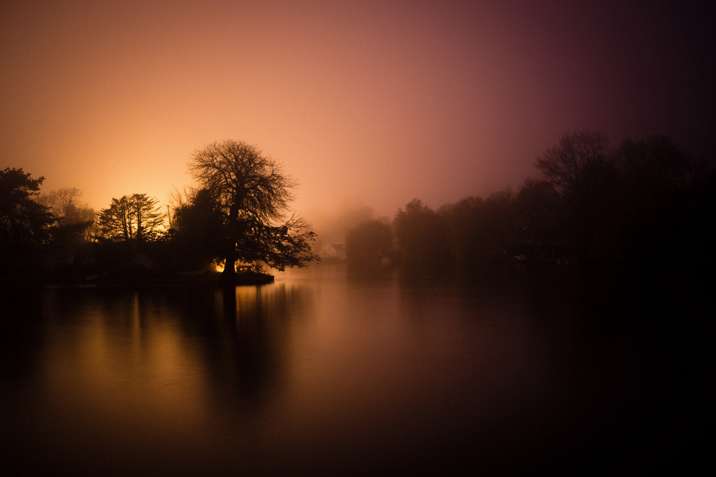 Rod Eyot at Night (by Syndrome Pictures)