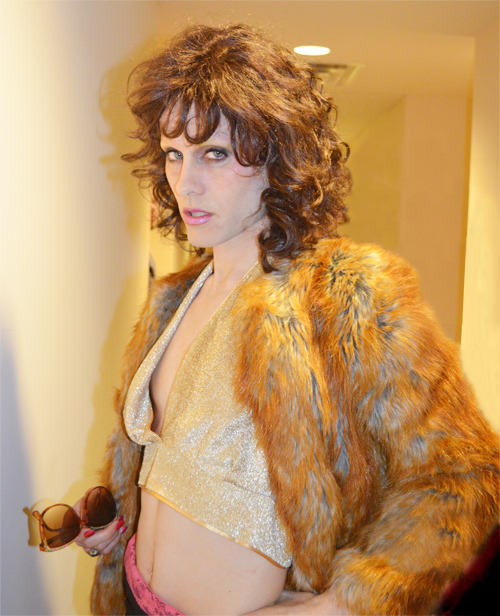 jaredleto:  I'VE GOT A NEW WOMAN IN MY LIFE. MEET RAYON.