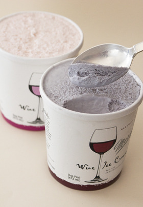 procesus:   Wine ice cream. 5% alcohol. This will revolutionize break-ups and girls' nights.