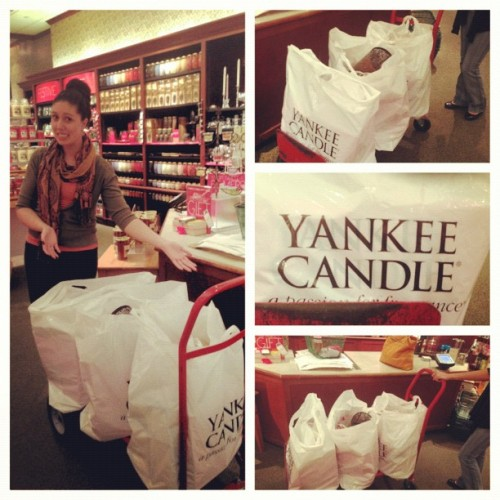 Went a little ham at Yankee Candle 😳 #candles #xmasgifts #merrychtistmas 🎁🎅🎄#NataliaClaus