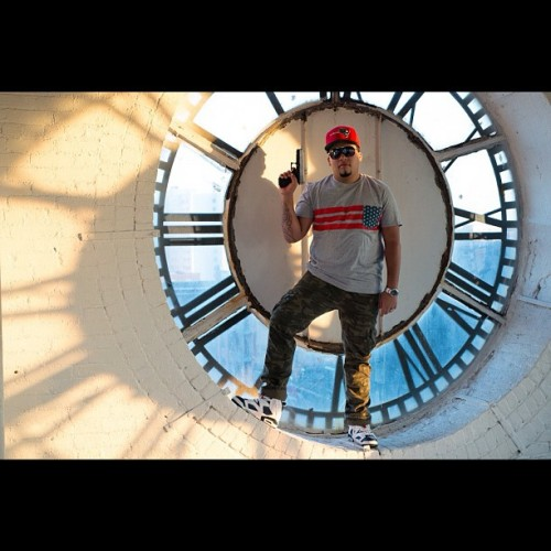 #benjaminbriu #clocktower #newyorkcity #photographer #follow #fashion #headshot #model #nyc #studio #model #sexy #art #streetart #stylish #mua #artist #bts @djpitola