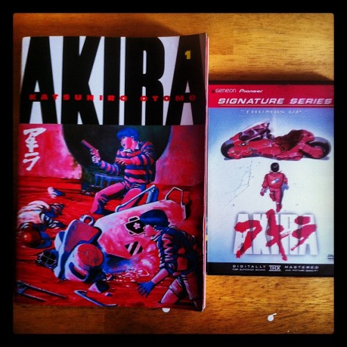 This is one of the greatest #Manga & #Anime of all time, #Akira by Katsuhiro Otomo. Seriously the manga came out in 1984 & the anime in 1987 & they still hold strong in today's modern medias. #saturday #read #movie