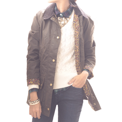 Barbour waxed women's jacket in Liberty 'forest' print (£230, discontinued). Feminine practicality. Frankly I'm sad they don't use more flamboyant prints for the men's line, the tartans get a bit trite. Styled here with a neat town and country ambivalence, by Yewon at girlsack.