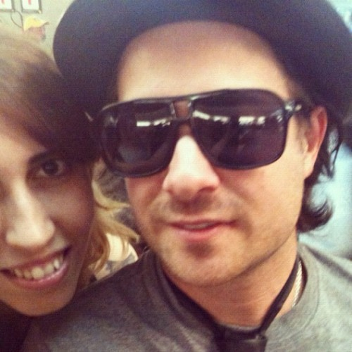 After 7 years I finally took a picture with @daviddesrosiers ! The best day ever!! Thank You David! #simpleplan #spinbrazil #daviddesrosiers #love
